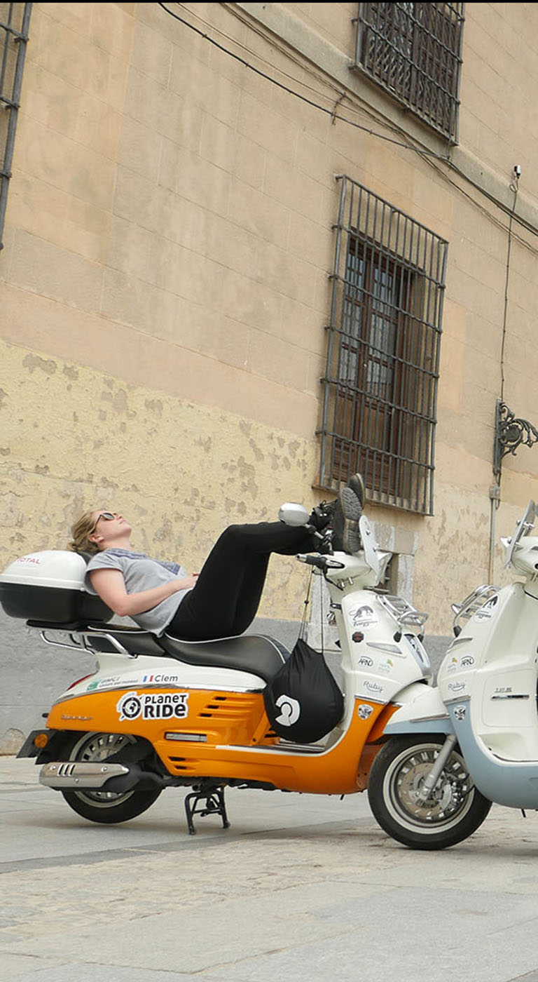 Django Adventure By Peugeot Scooter