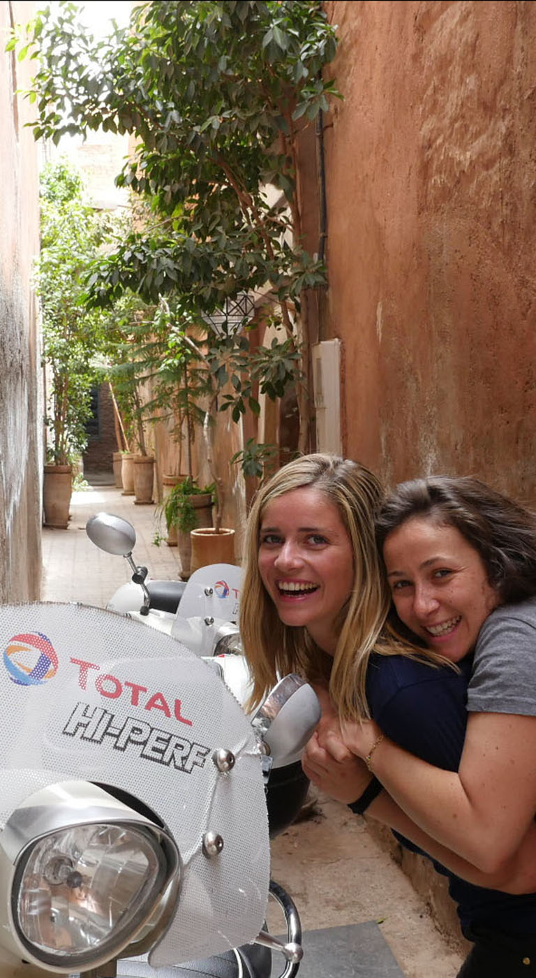 It is with joy and happiness that Lisa, Clemence and their faithful companions: the Django, have completed their incredible road-trip. 4254 km of encounters, discovery and laughter. A beautiful adventure that is completed under the sun of Marrakech.
